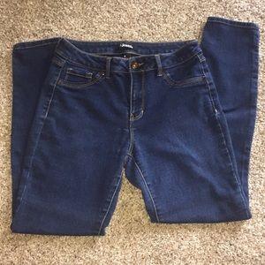 D. jeans Skinny dark wash